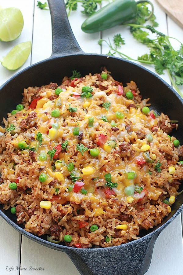 {One Pan} Mexican Rice Skillet makes the perfect weeknight meal in under 30 minutes. Made all in just one pan even the rice!