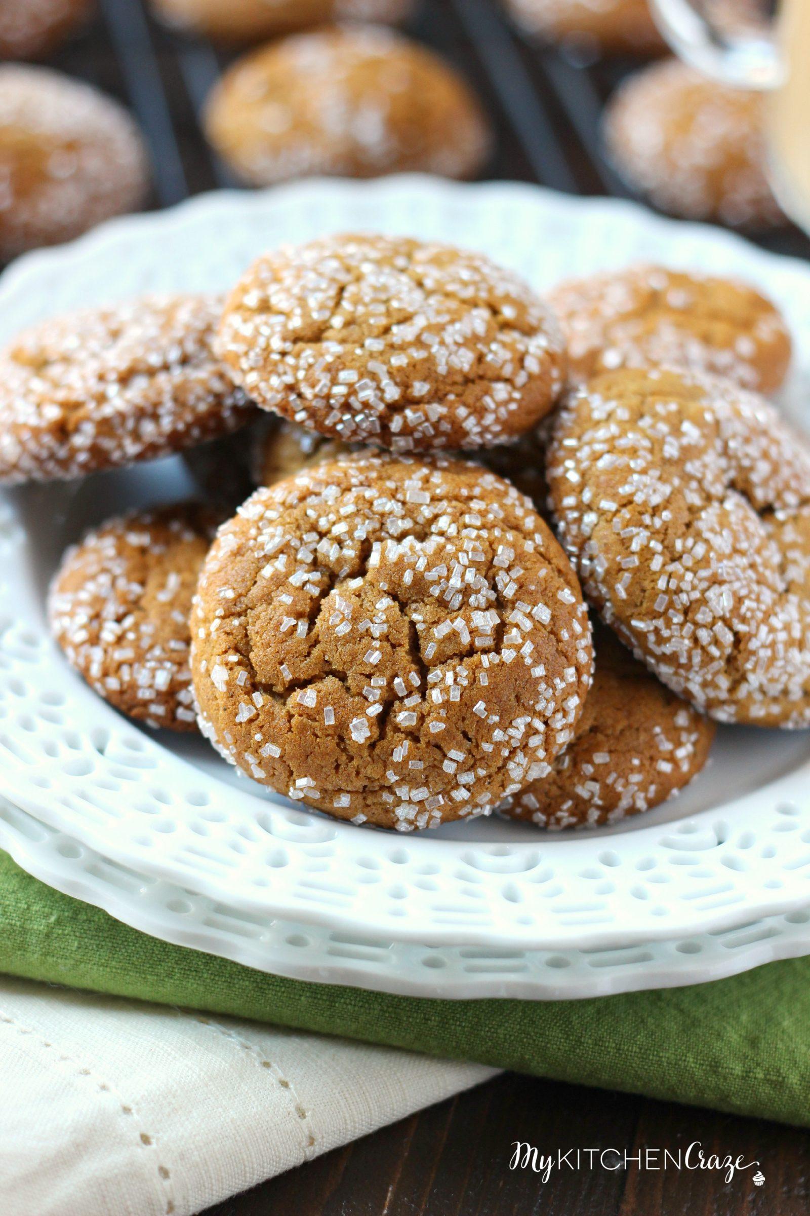 Molasses Crinkle Cookies - My Kitchen Craze