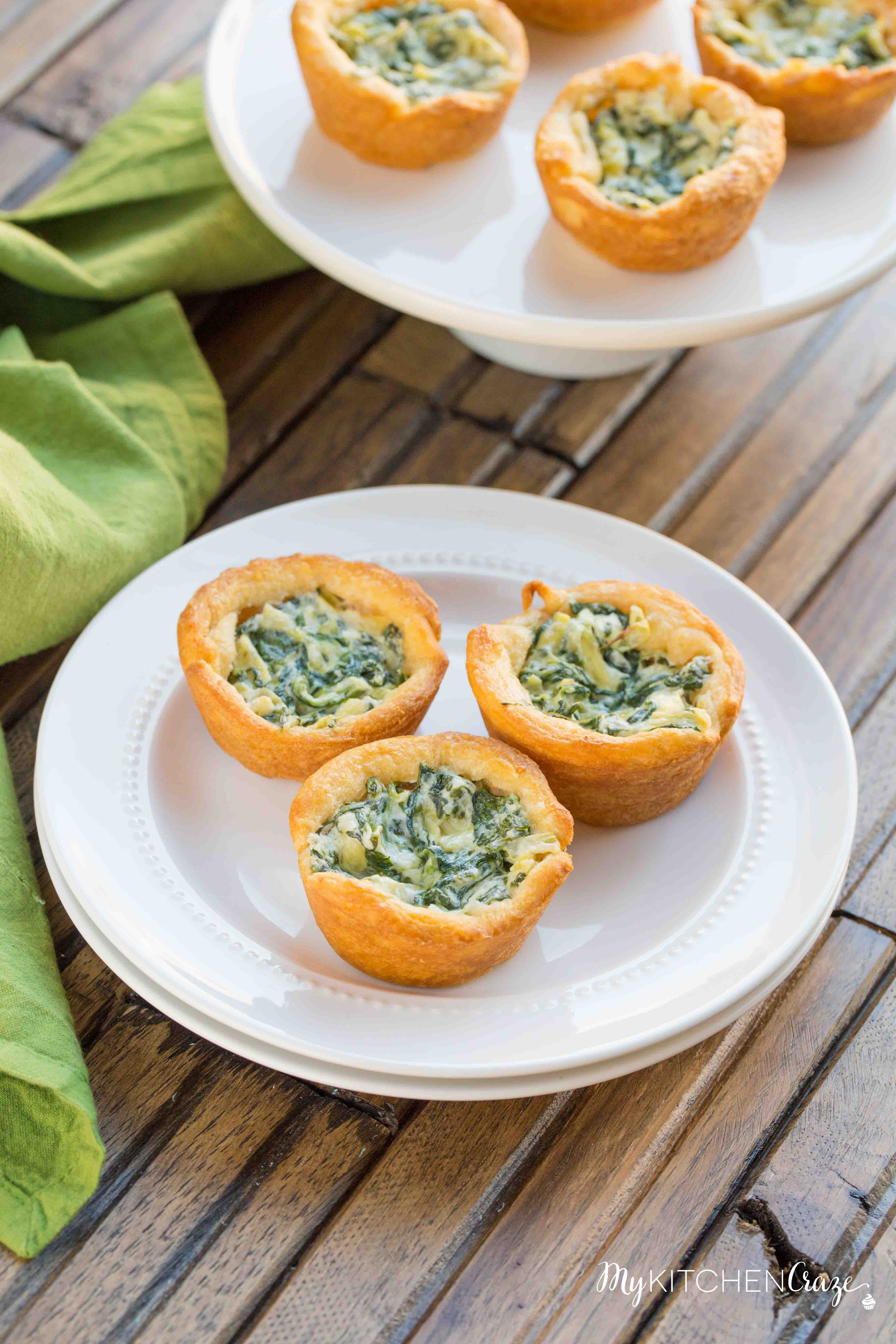 Spinach Artichoke Cups ~ mykitchencraze.com ~ This appetizer is perfect for any potlucks or parties. They take no time at all to make and taste delicious. Your guest won't be able to eat just one!
