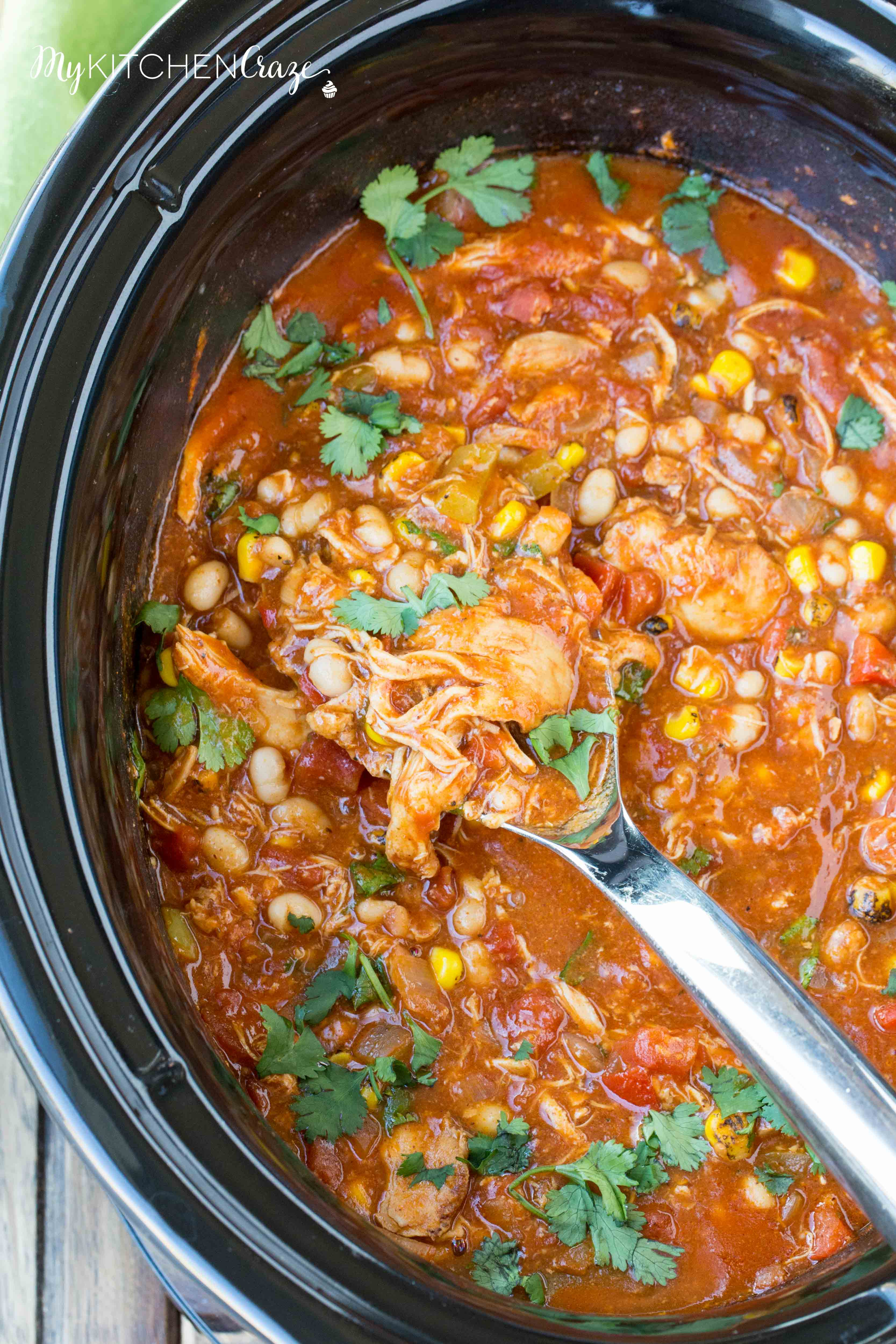Slow Cooker Spanish Chicken ~ mykitchencraze.com ~ Put everything in the slow cooker and come home to a delicious meal waiting for you! Perfect with a side of rice or mashed potatoes!